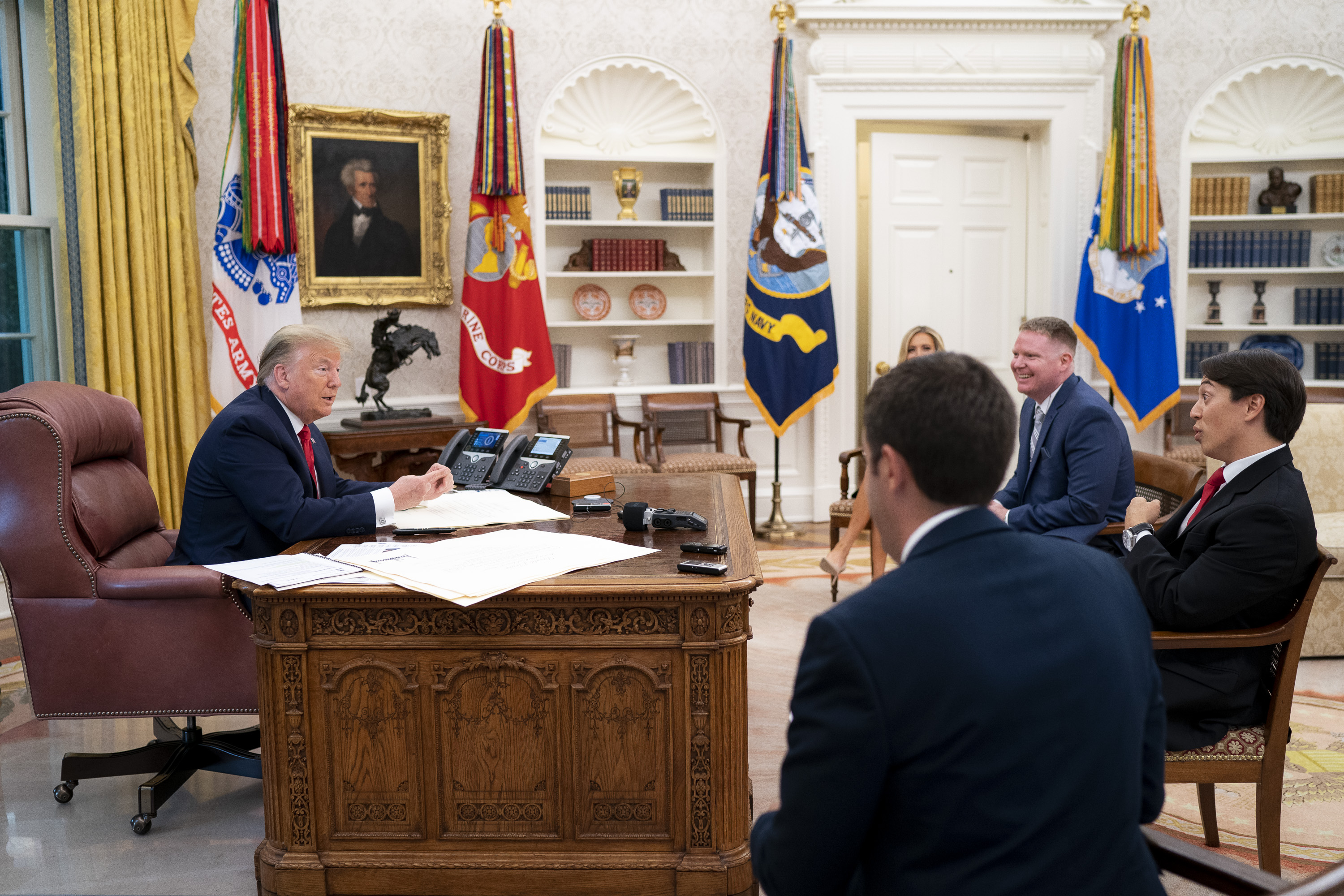 President Donald Trump, Vince Coglianese, Christian Datoc, Geoff Ingersoll, and Kayleigh McEnany sit down for an exclusive Oval Office interview (White House Photo by Tia Dufour)