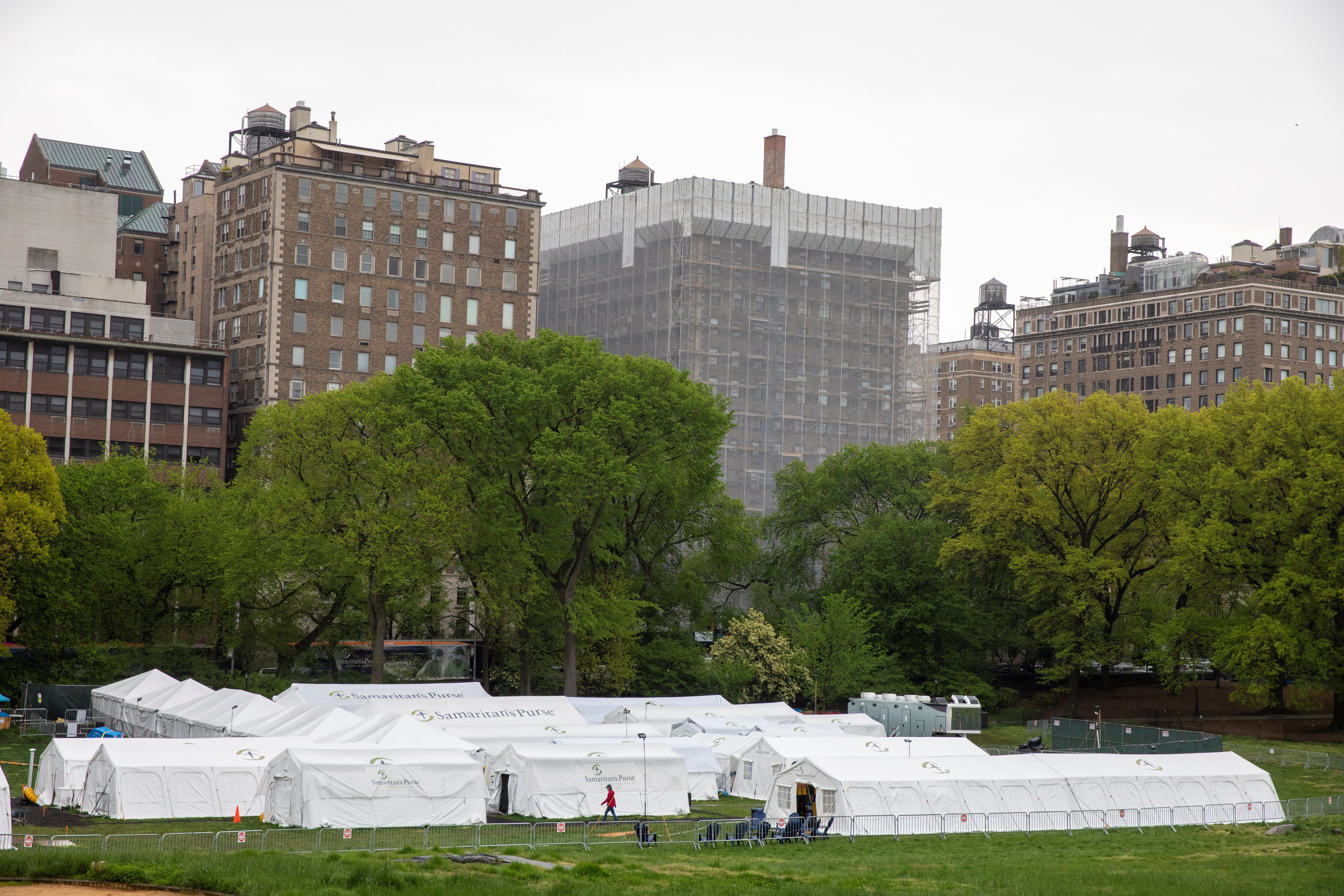 Samaritan's Purse Emergency Field Hospital in Central Park in New York U.S., May 8, 2020. REUTERS/Lucas Jackson