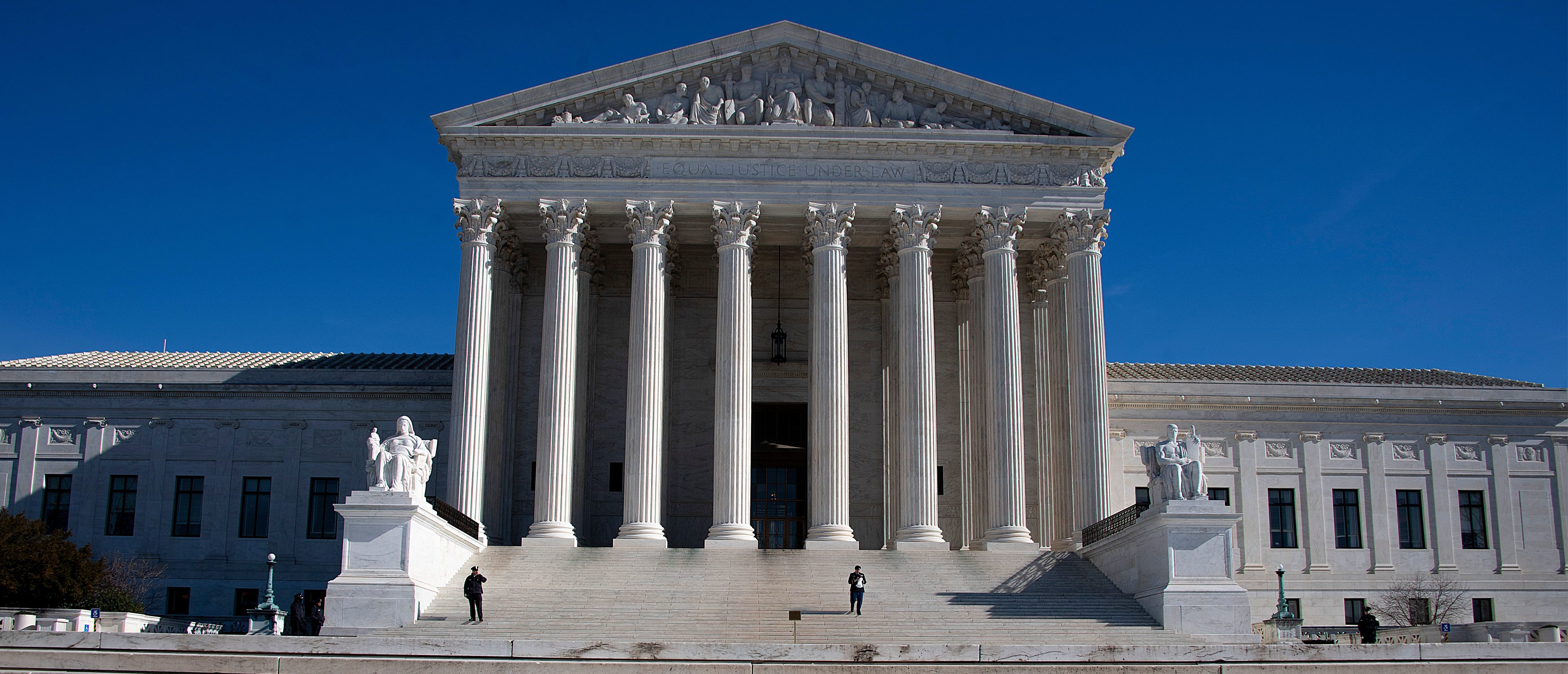Supreme Court Allows Construction Of Border Wall To Continue thumbnail