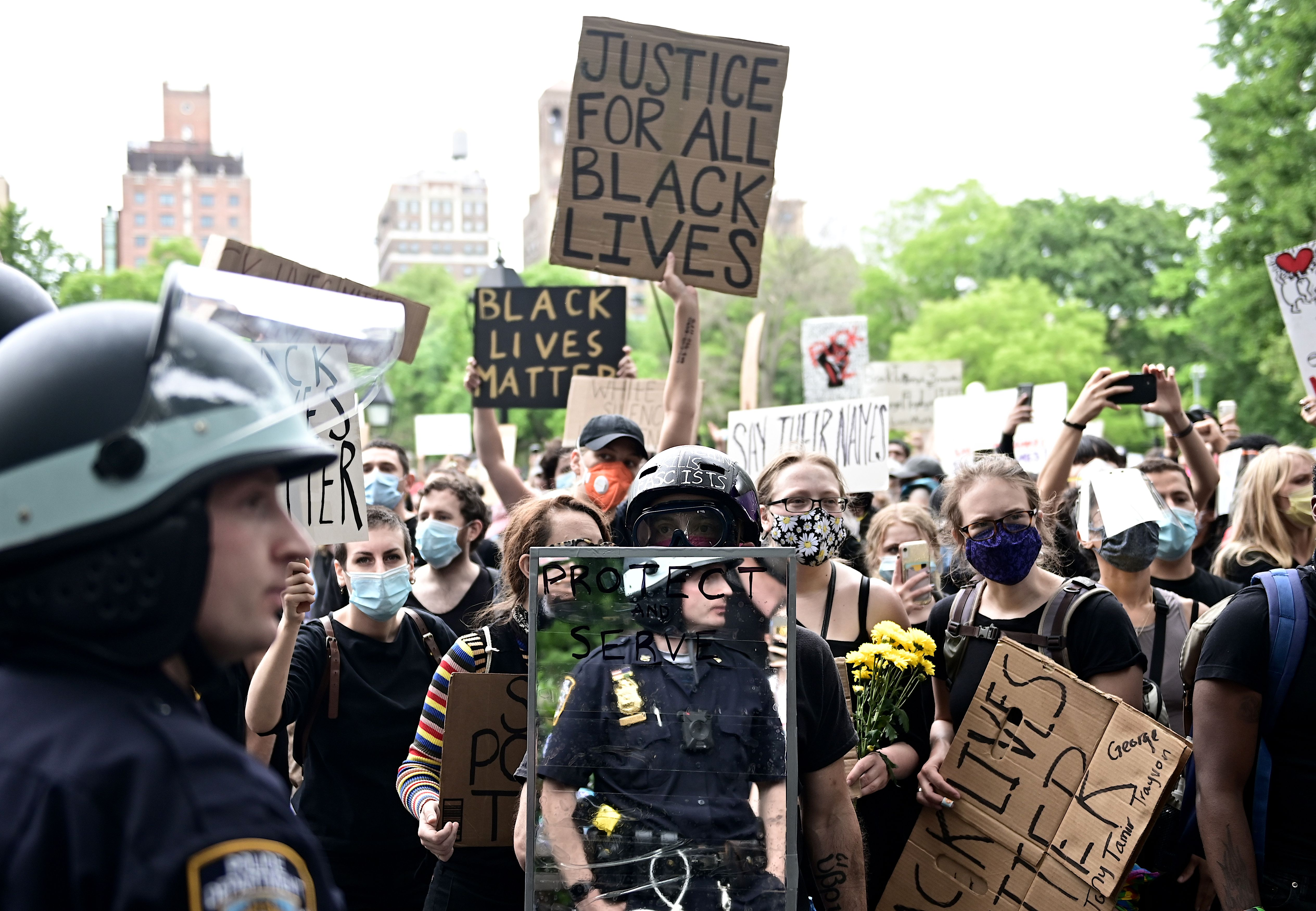 "Protesters demonstrate on June 2, 2020, during a ""Black Lives Matter"" protest at Washington Square in New York City. (Photo: Johannes Eisele/AFP via Getty Images)"