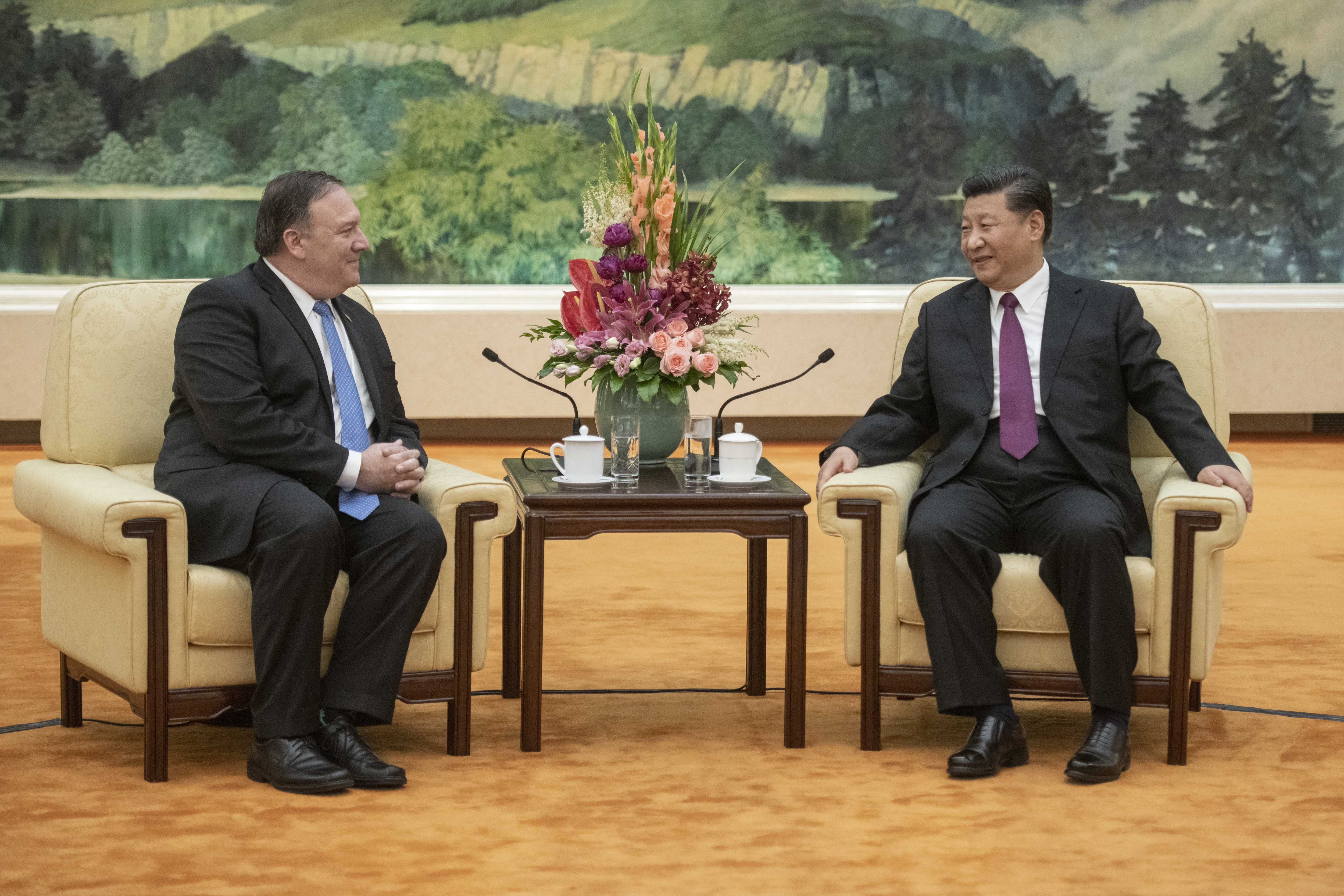 BEIJING, CHINA - JUNE 14: U.S. Secretary of State Mike Pompeo (L) and Chinese President Xi Jinping attend a meeting in the Great Hall of the People June 14, 2018 in Beijing, China. (Photo by Fred Dufour-Pool/Getty Images)