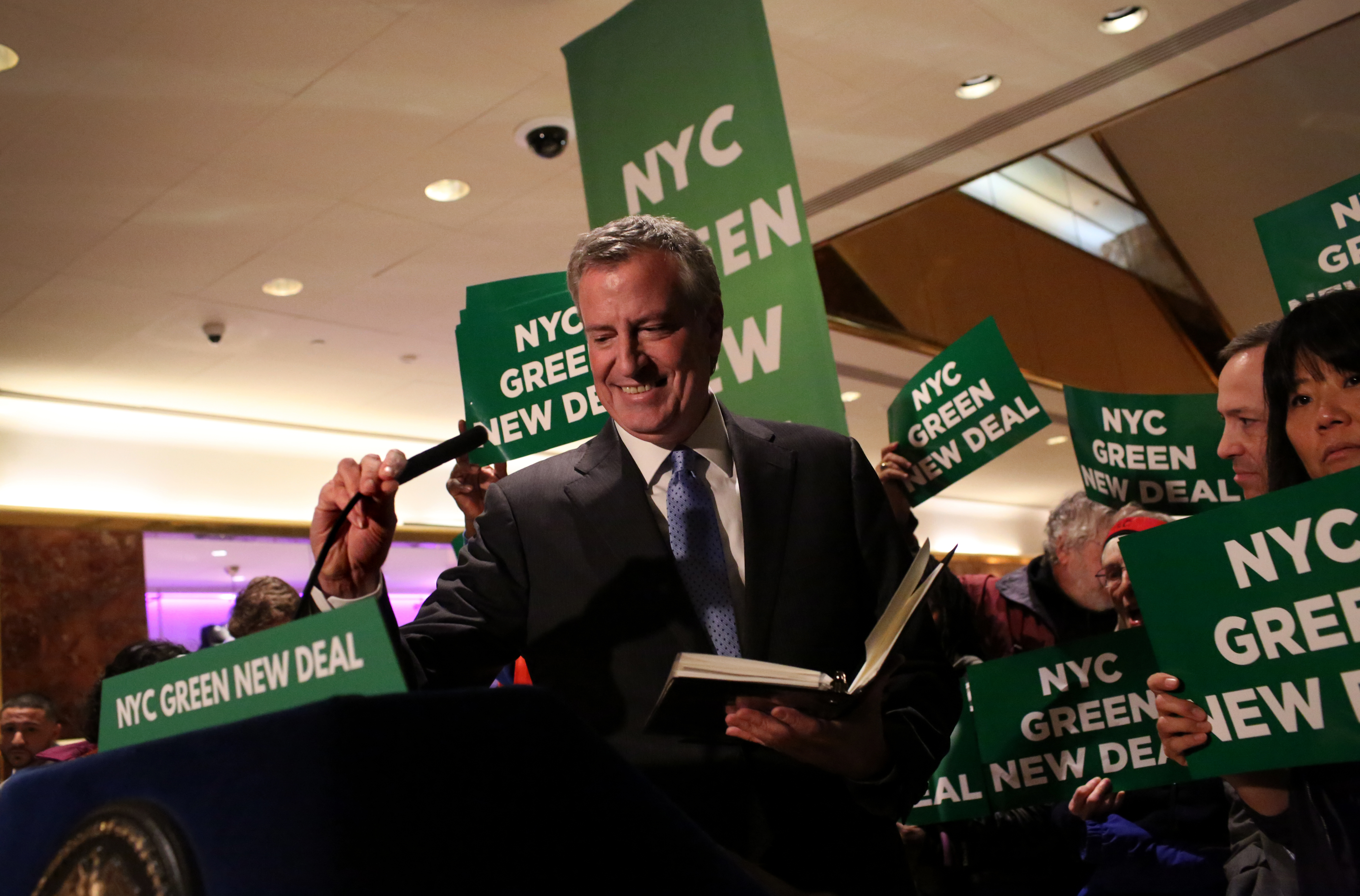 NEW YORK, NY - MAY 13: Mayor Bill De Blasio arrives to a Green New Deal rally At Trump Tower in New York City on May 13, 2019. Mayor de Blasio recently unveiled his Green New Deal to reduce carbon emissions in New York City. (Yana Paskova/Getty Images)