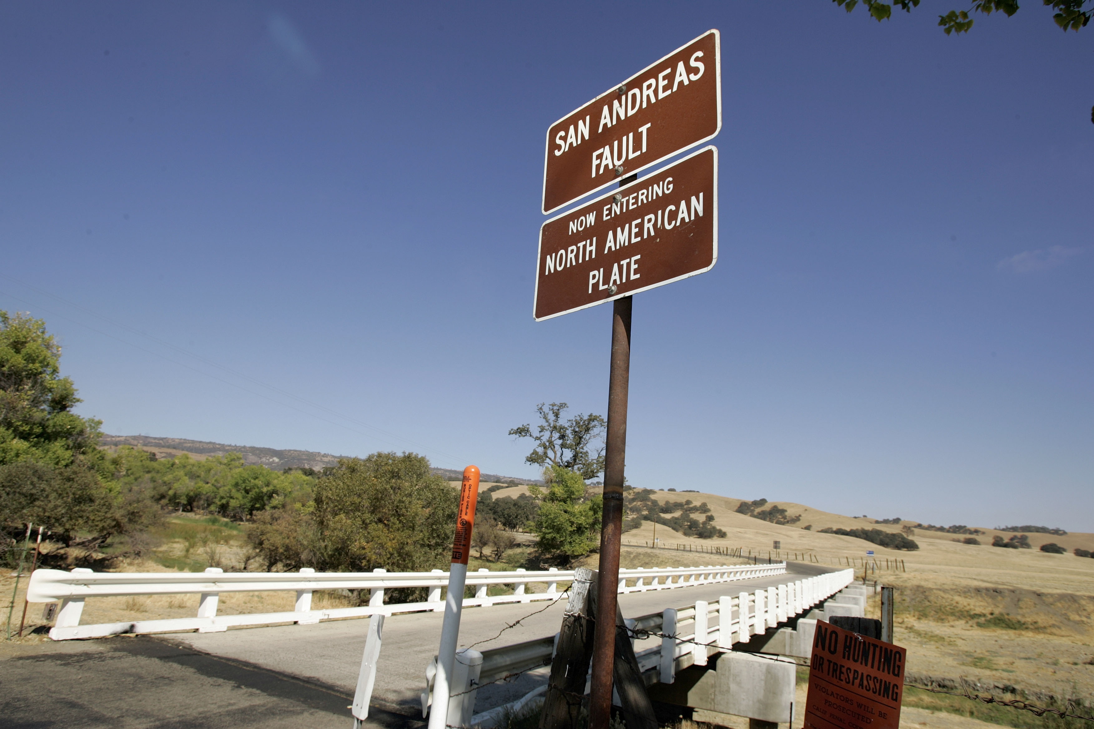 "PARKFIELD, CA - SEPTEMBER 30: The Parkfield Coalinga bridge crosses over the San Andreas fault on the Parkfield Coalinga Road on September 30, 2004 Parkfield, California. The tiny central California town with a population of 19 which claims to be known as ""The earthquake capital of the world"" was hit with a 6.0 earthquake on Tuesday September 28, 2004. (Photo by David Paul Morris/Getty Images)"