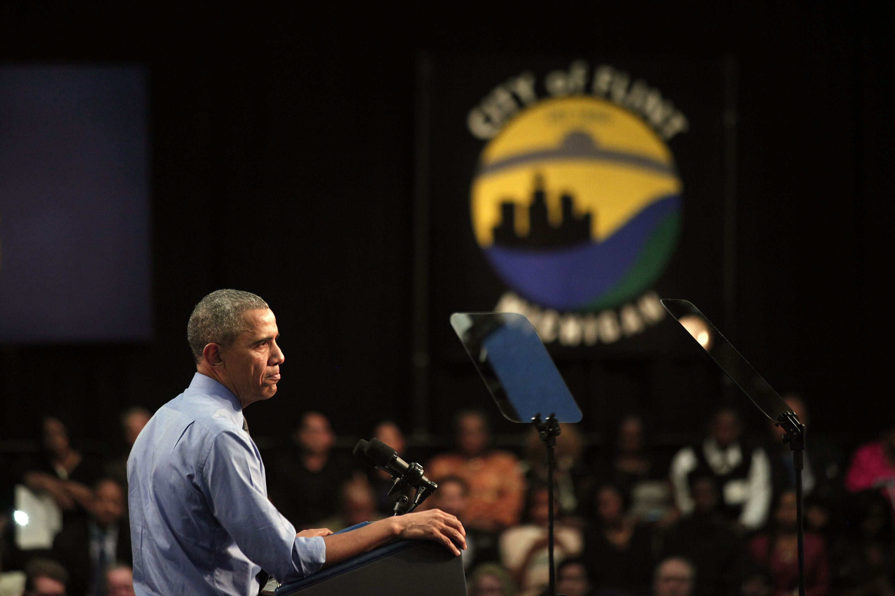 President Barack Obama speaks in Flint, Michigan about the water contamination crisis on May 4, 2016. (Bill Pugliano/Getty Images)