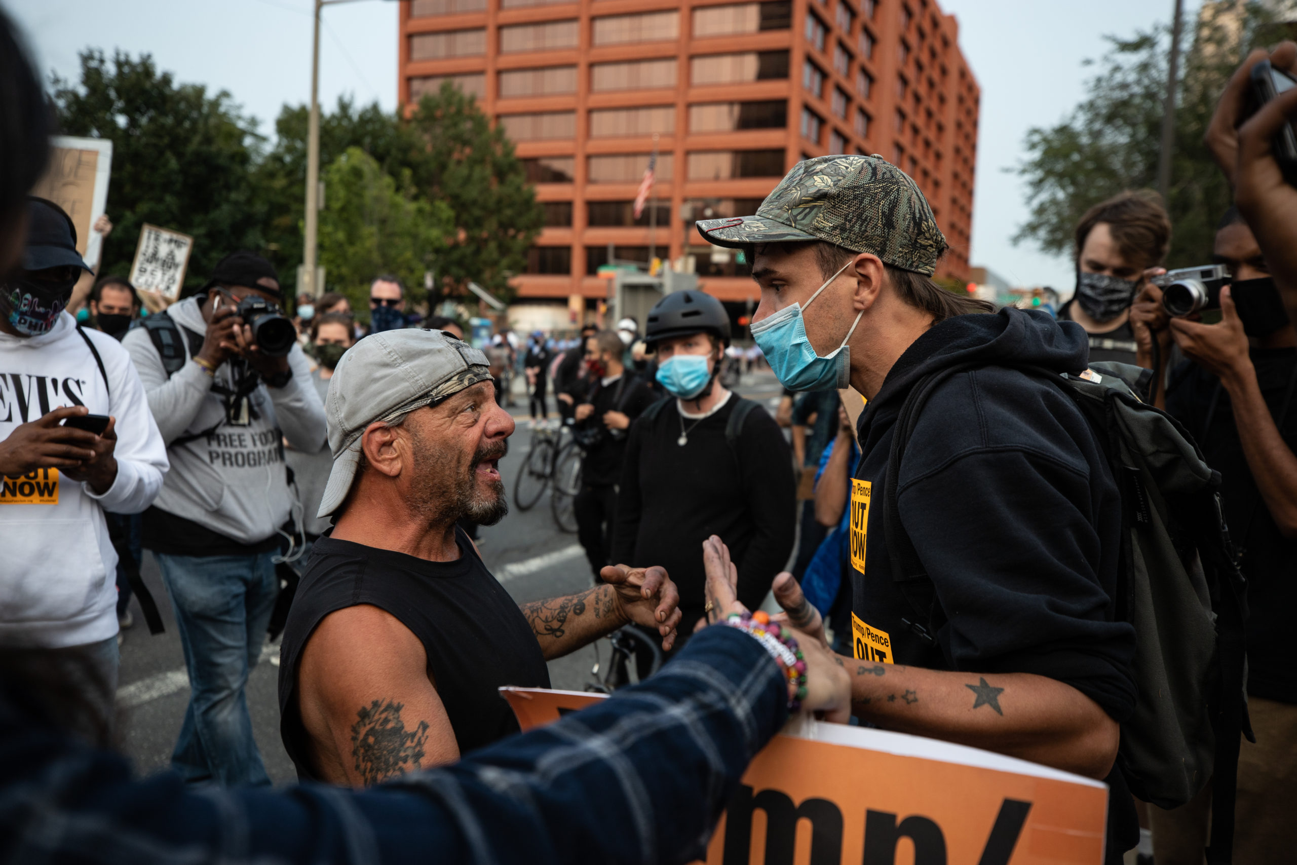 A man yells at a protester in Philadelphia, Pennsylvania on Sept. 15, 2020. (Photo: Kaylee Greenlee / DCNF)