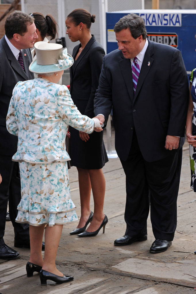 NEW YORK - JULY 06: Queen Elizabeth II meets New Jersey Governor Chris Christie during a visit Ground Zero at the World Trade Center site on July 6, 2010 in New York City. (Photo by Bryan Bedder/Getty Images)