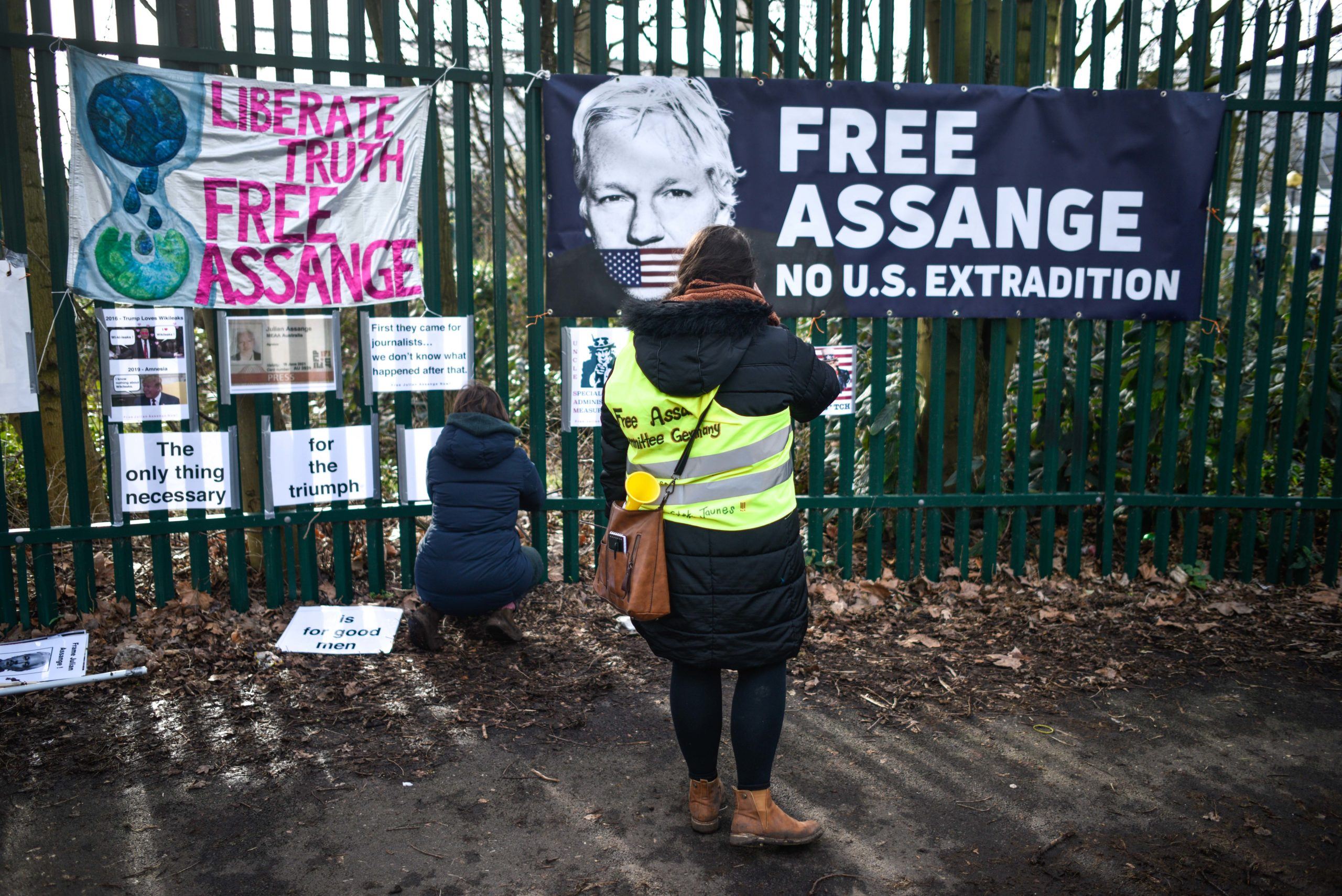 Supporters of WikiLeaks founder Julian Assange demonstrate outside Woolwich Crown Court prior to his extradition hearing on February 25, 2020 in London, England. (Peter Summers/Getty Images)
