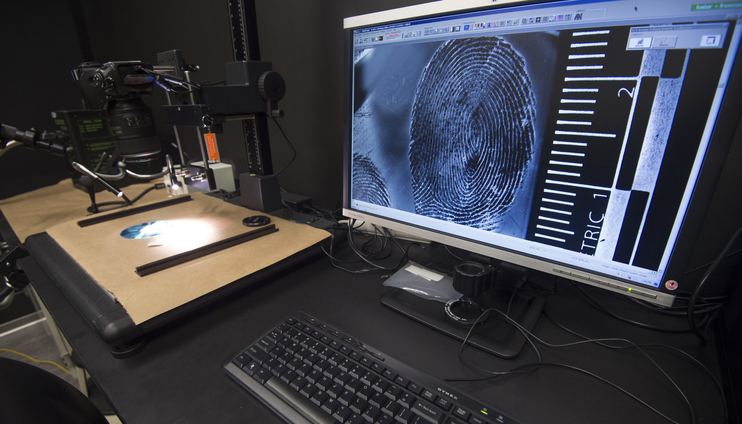 A fingerprint is enlarged for examination in the Latent Print Lab at the US Homeland Security Investigation Forensic Laboratory in Tyson Corner, Virginia on July 20, 2016. The 40,000-sq-foot laboratory is forensics, research, and training facility for the verification of travel and identity documents. / AFP / PAUL J. RICHARDS (Photo credit should read PAUL J. RICHARDS/AFP via Getty Images)