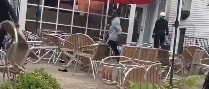 Louisville Rioters Smash Windows, Target Businesses Following Announcement Of Breonna Taylor Decision