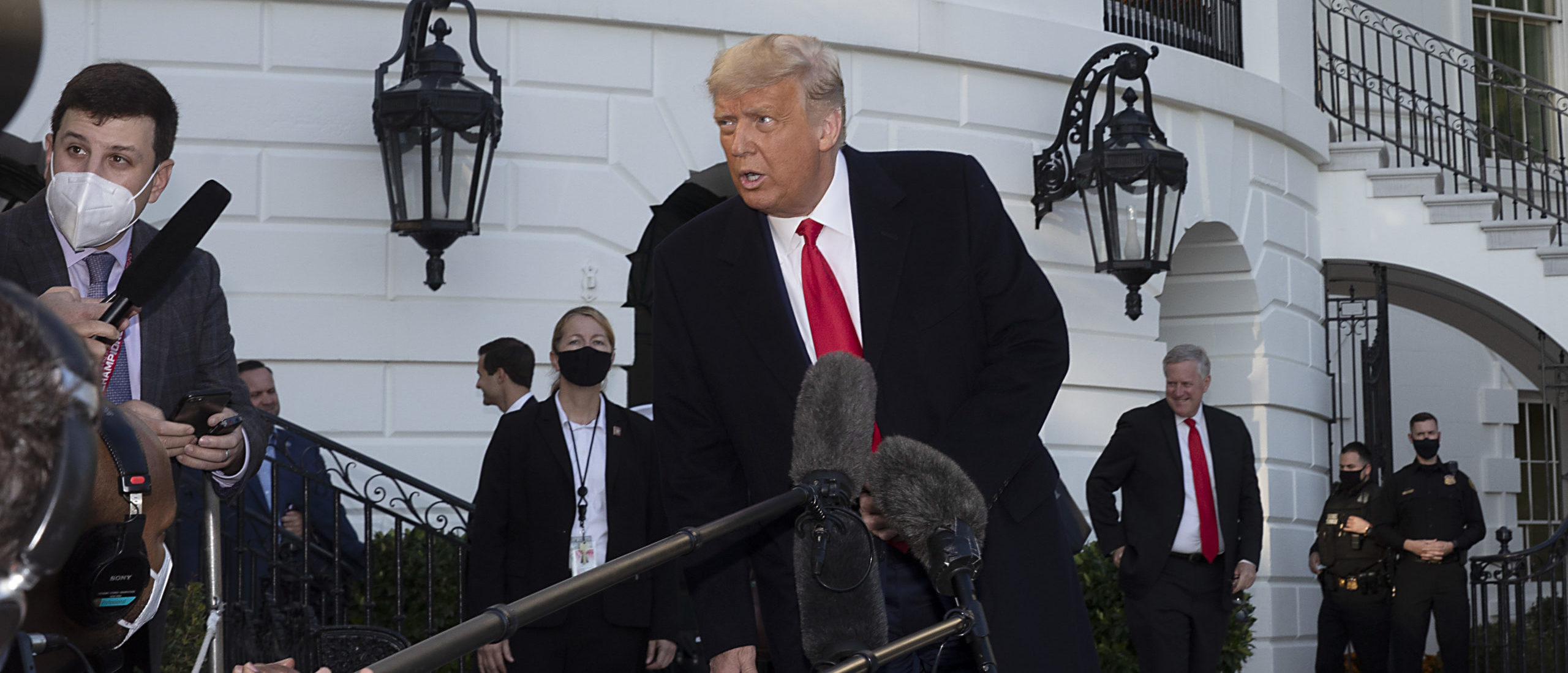 WASHINGTON, DC - OCTOBER 21: U.S. President Donald Trump talks to the media outside the White House on October 21, 2020 in Washington, DC. President Trump is headed to a rally in Gastonia, North Carolina, as he ramps up his public event schedule with less than two weeks until the election. (Tasos Katopodis/Getty Images)