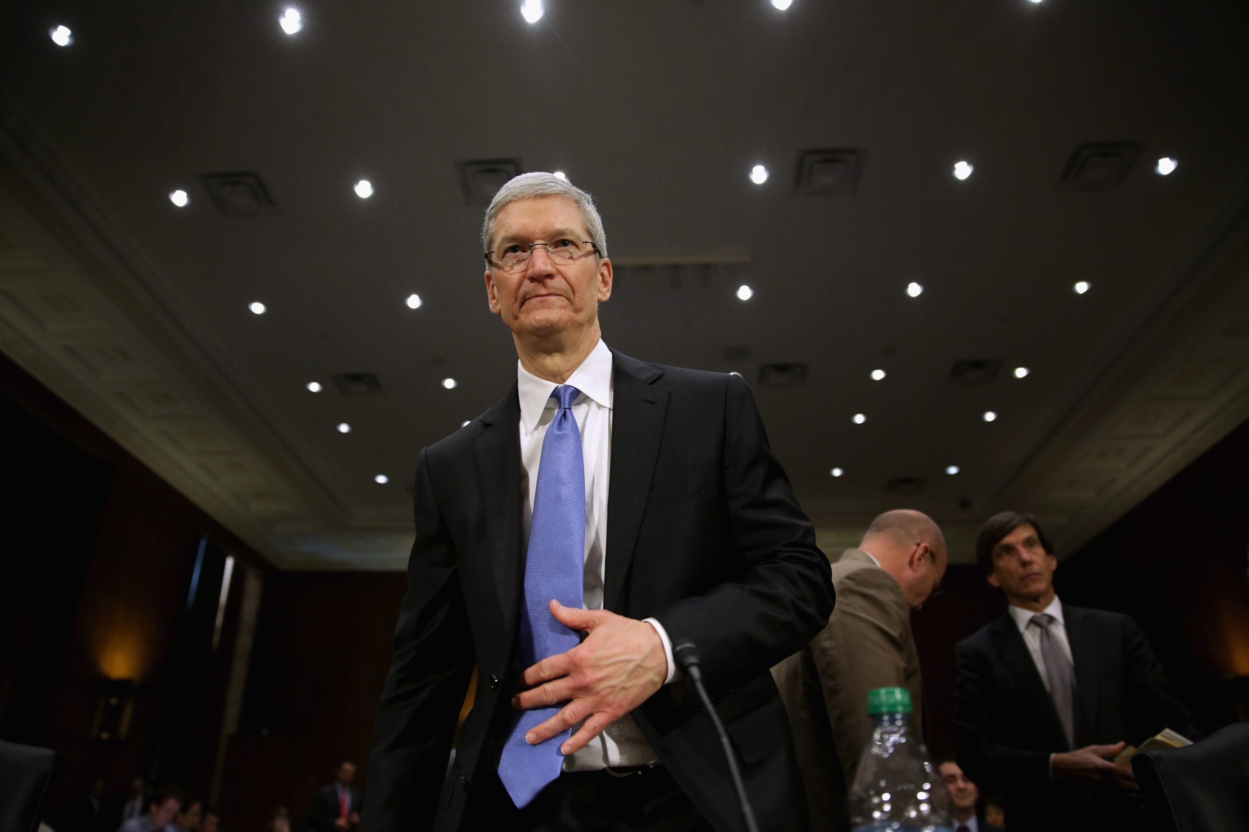 Apple CEO Timothy Cook arrives to a hearing on Capitol Hill on May 21, 2013. (Chip Somodevilla/Getty Images)