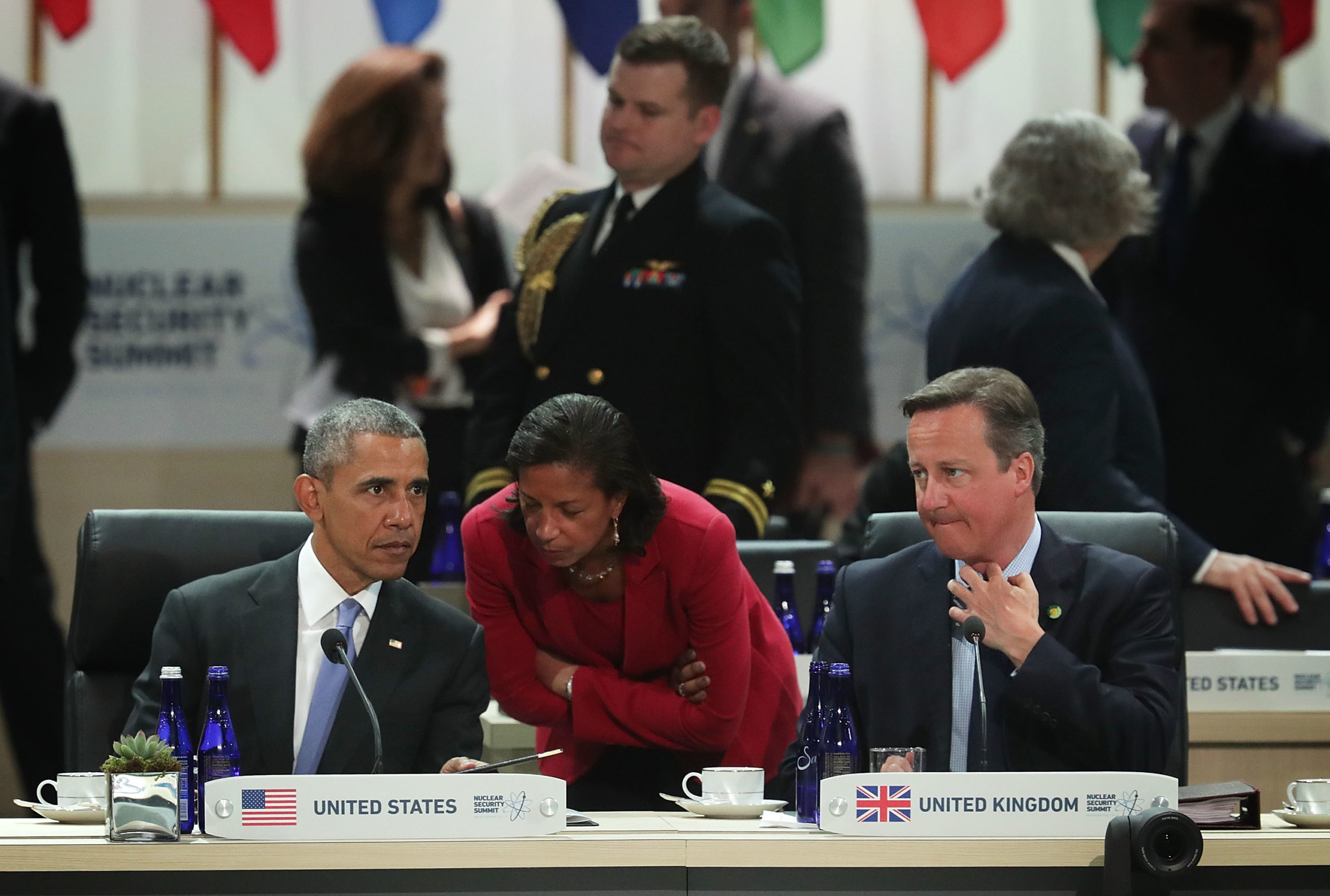 WASHINGTON, DC - APRIL 01: (L-R) U.S. President Barack Obama talks to National Security Adviser Susan Rice as Prime Minister of the United Kingdom David Cameron looks on during a scenario-based policy discussion of the 2016 Nuclear Security Summit April 1, 2016 in Washington, DC. U.S. President Barack Obama is hosting the fourth and final in a series of summits to highlight accomplishments and make new commitments towards reducing the threat of nuclear terrorism. (Alex Wong/Getty Images)