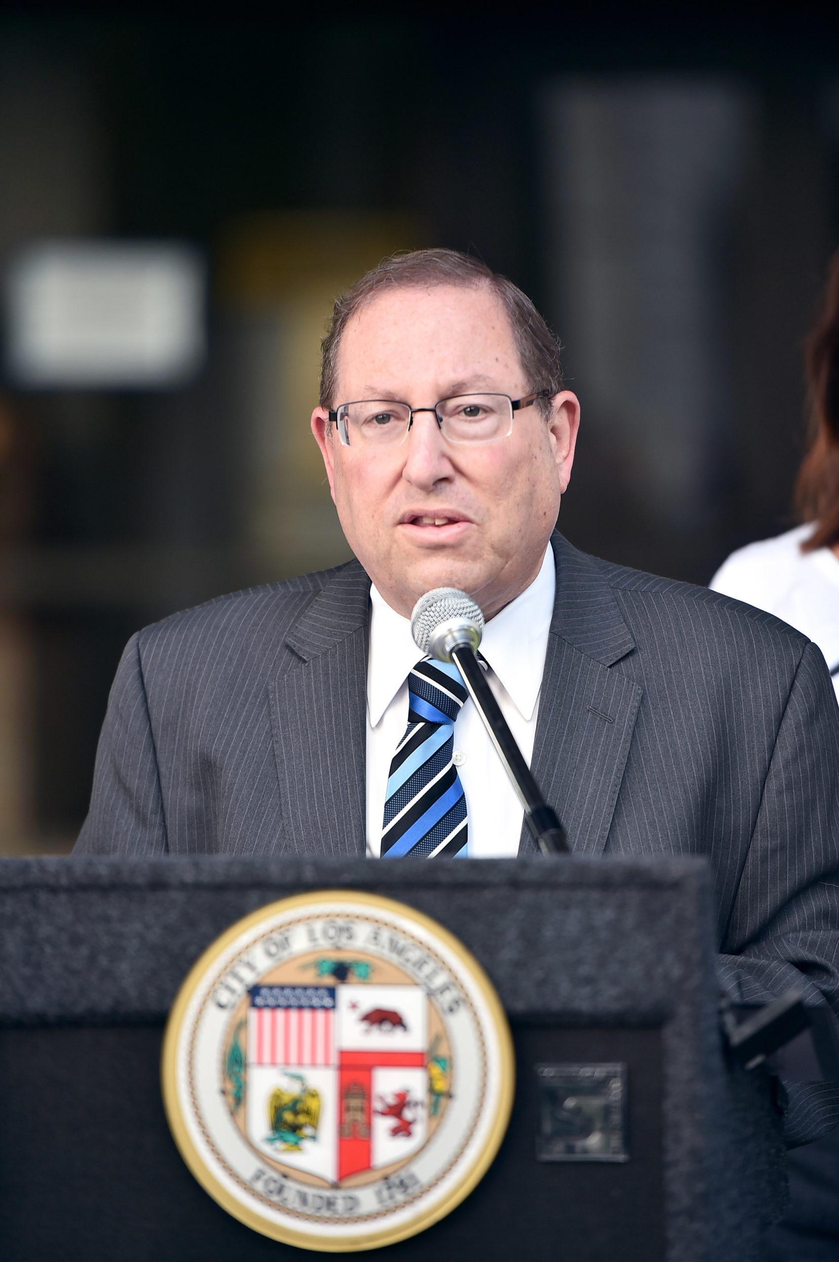 Los Angeles Councilman Paul Koretz Wants A Less Expensive Housing Solution