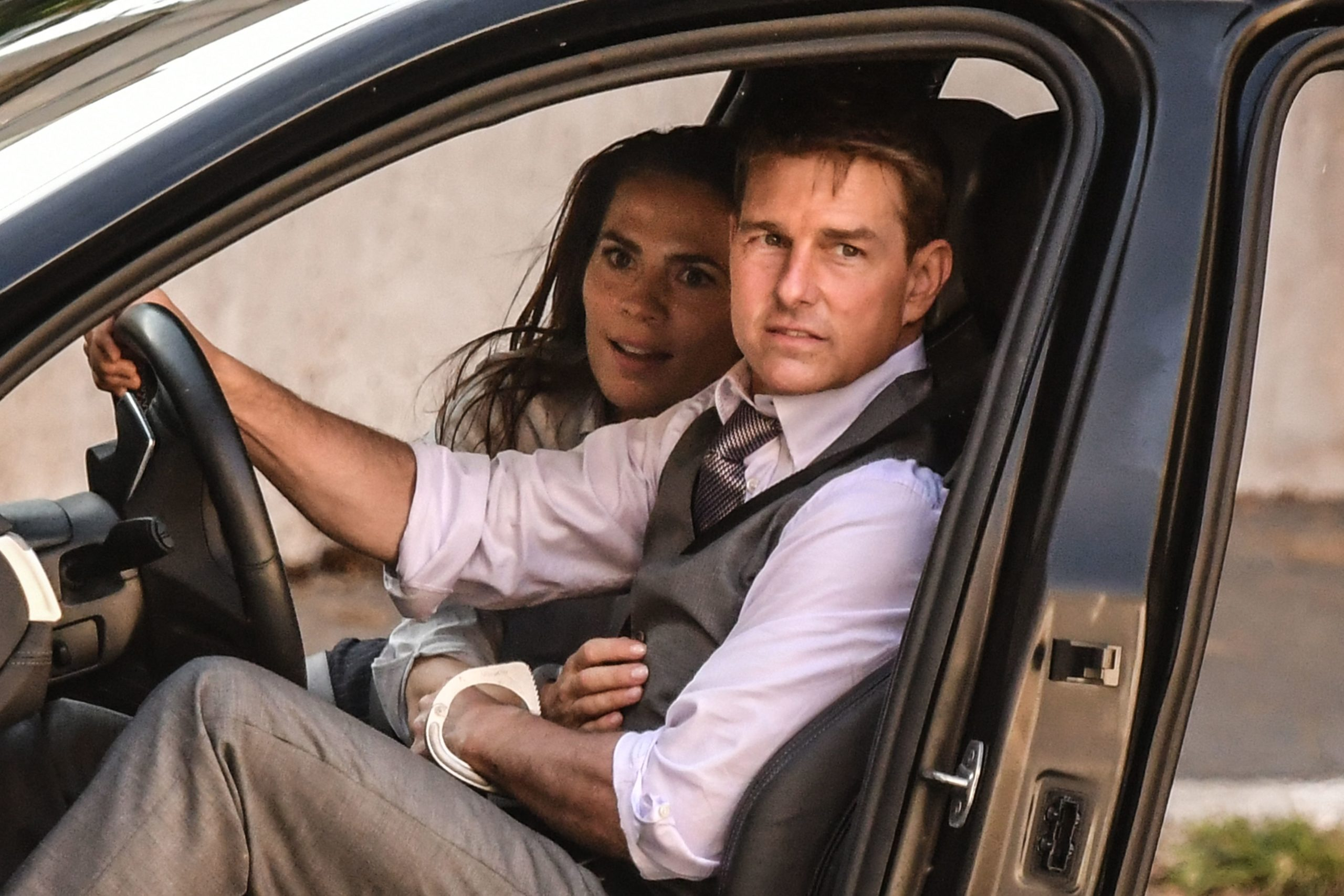 Tom Cruise, Hayley Atwell
