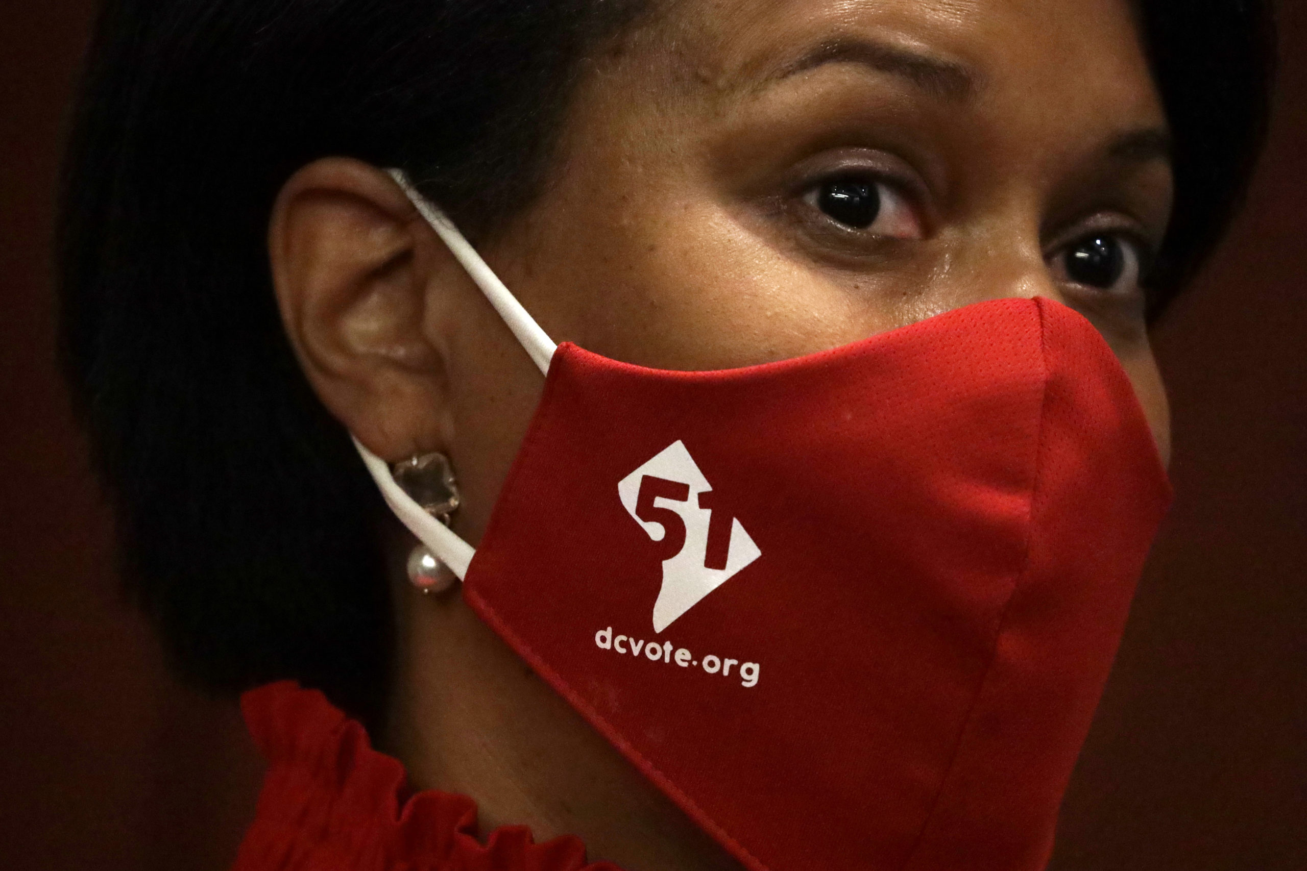 WASHINGTON, DC - JUNE 25: DC Mayor Muriel Bowser wears a DC Vote mask during a news conference on District of Columbia statehood June 25, 2020 on Capitol Hill in Washington, DC. The House is scheduled to vote on the District of Columbia statehood bill tomorrow. (Photo by Alex Wong/Getty Images)