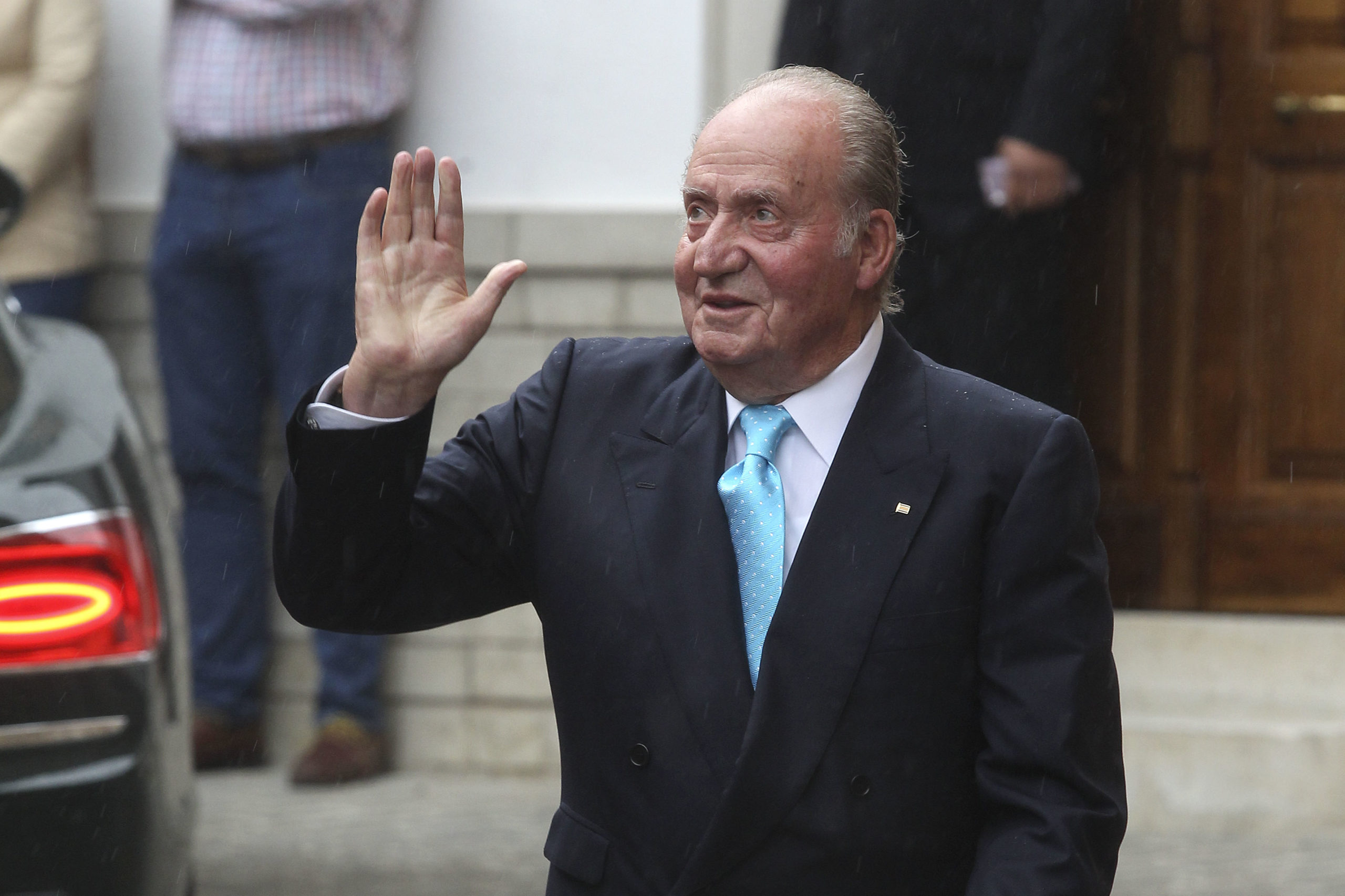 King Juan Carlos attends the wedding of Lady Charlotte Wellesley and Alejandro Santo Domingo at Illora on May 28, 2016 in Granada, Spain. (Photo by Daniel Perez/Getty Images)