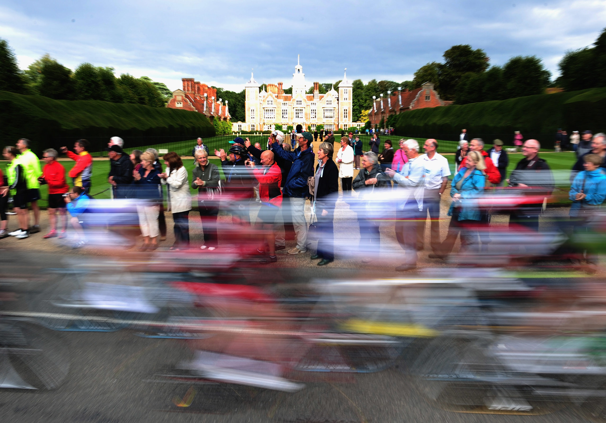 The Peloton passes past Blickling Hall during Stage Six of the Tour of Britain on September 16, 2010 in Great Yarmouth, England. (Photo by Jamie McDonald/Getty Images)