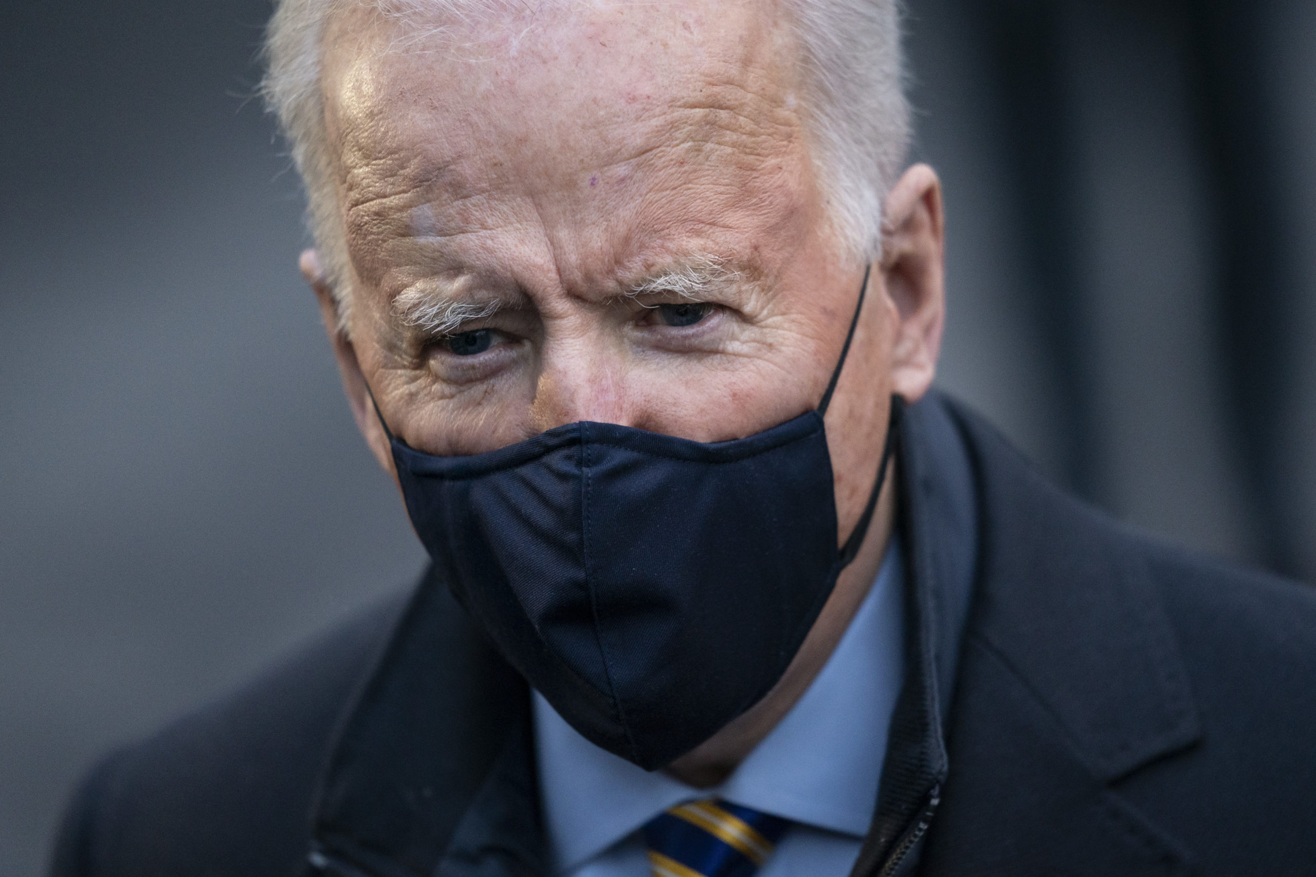 WASHINGTON, DC - FEBRUARY 16: U.S. President Joe Biden speaks briefly to reporters on his way to Marine One on the South Lawn of the White House on February 16, 2021 in Washington, DC. President Biden is traveling to Milwaukee, Wisconsin for a town hall event to discuss the coronavirus pandemic and a $1.9 trillion relief bill he is trying to pass through Congress. (Photo by Drew Angerer/Getty Images)