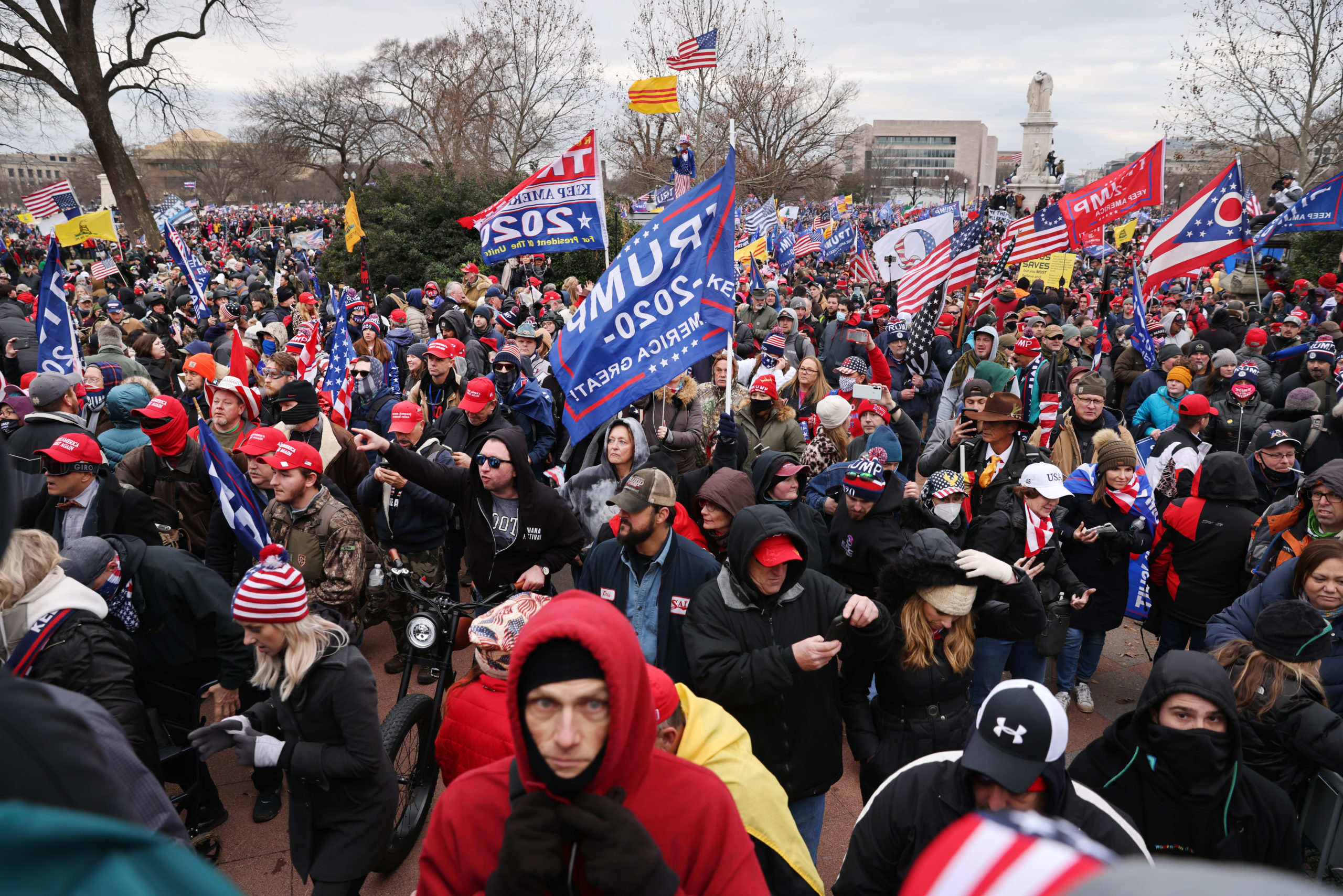 "WASHINGTON, DC - JANUARY 06: Thousands of Donald Trump supporters gather outside the U.S. Capitol building following a ""Stop the Steal"" rally on January 06, 2021 in Washington, DC. A large group of protesters stormed the historic building, breaking windows and clashing with police. Trump supporters had gathered in the nation's capital today to protest the ratification of President-elect Joe Biden's Electoral College victory over President Trump in the 2020 election. (Photo by Spencer Platt/Getty Images)"
