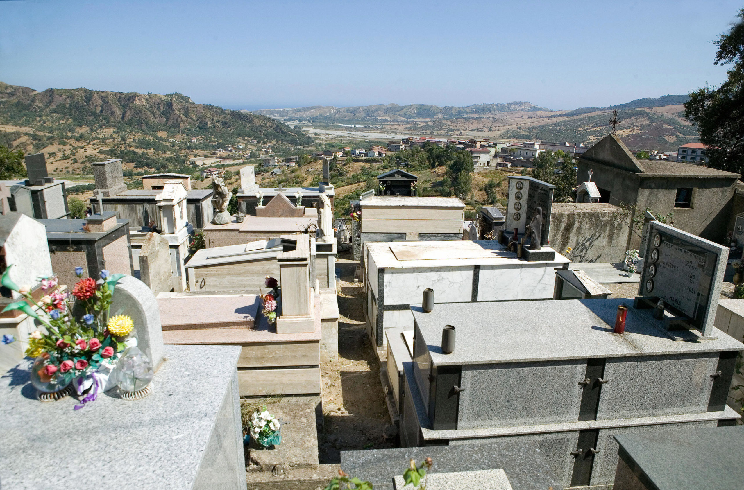 This photo dated 16 August 2007 shows the cemetery of San Luca village in the southern region of Calabria. (ANTONIO TACCONE/AFP via Getty Images)