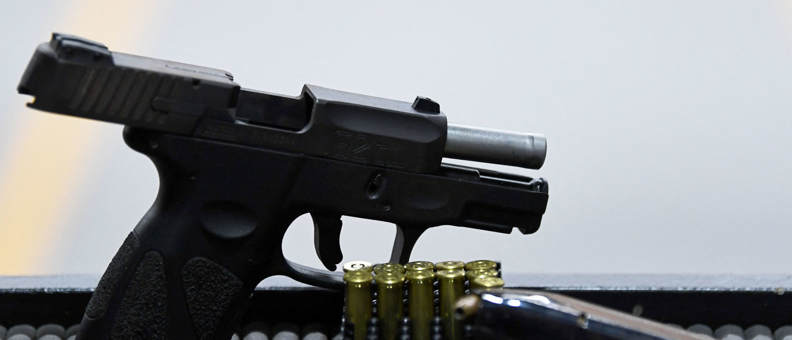 Texas House Passes Bill Allowing Gun Owners To Carry Guns Without A Permit