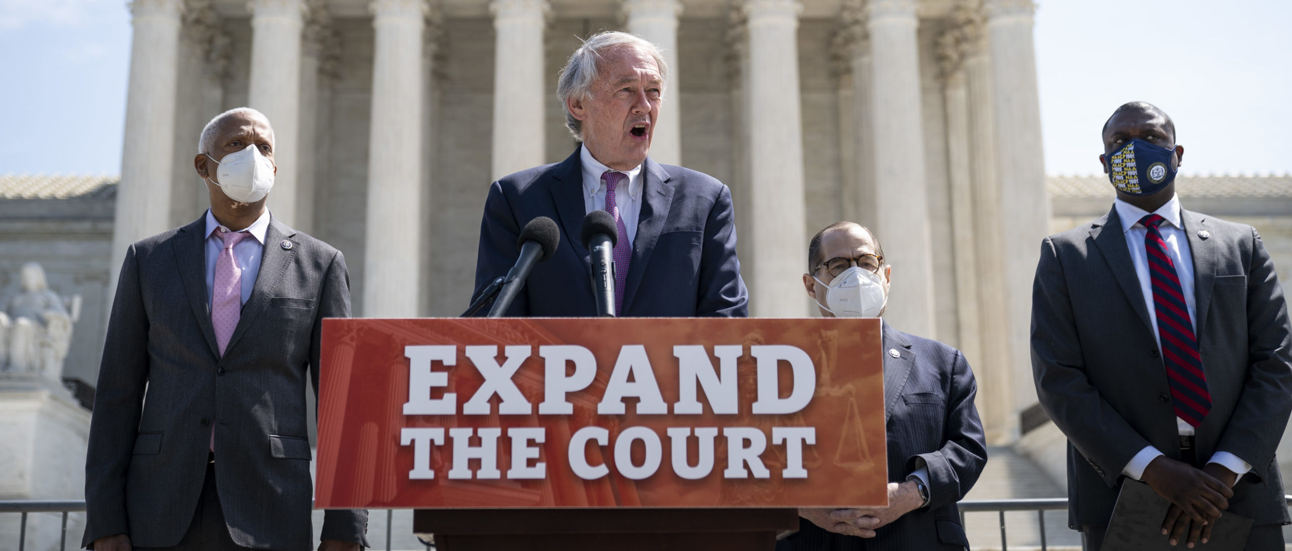 WASHINGTON, DC - APRIL 15: (L-R) Rep. Hank Johnson (D-GA), Sen. Ed Markey (D-MA), House Judiciary Committee Chairman Rep. Jerrold Nadler (D-NY) and Rep. Mondaire Jones (D-NY) hold a press conference in front of the U.S. Supreme Court to announce legislation to expand the number of seats on the Supreme Court on April 15, 2021 in Washington, DC. Their bill would expand the Supreme Court from 9 to 13 justices. Speaker of the House Nancy Pelosi says she does not support the bill and doesn't plan to bring it to the House floor. (Photo by Drew Angerer/Getty Images)