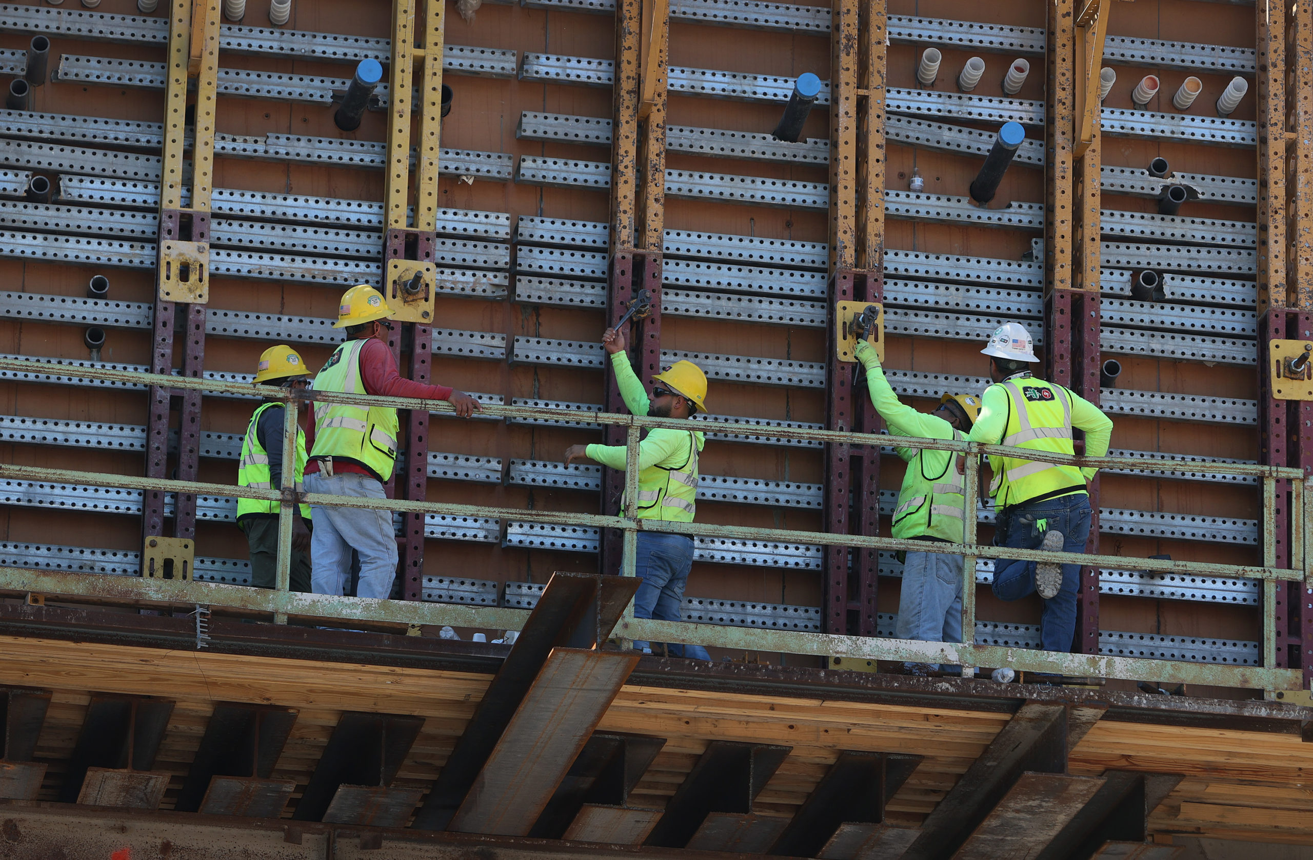 Construction workers at a Miami, Florida job site on April 13. (Joe Raedle/Getty Images)