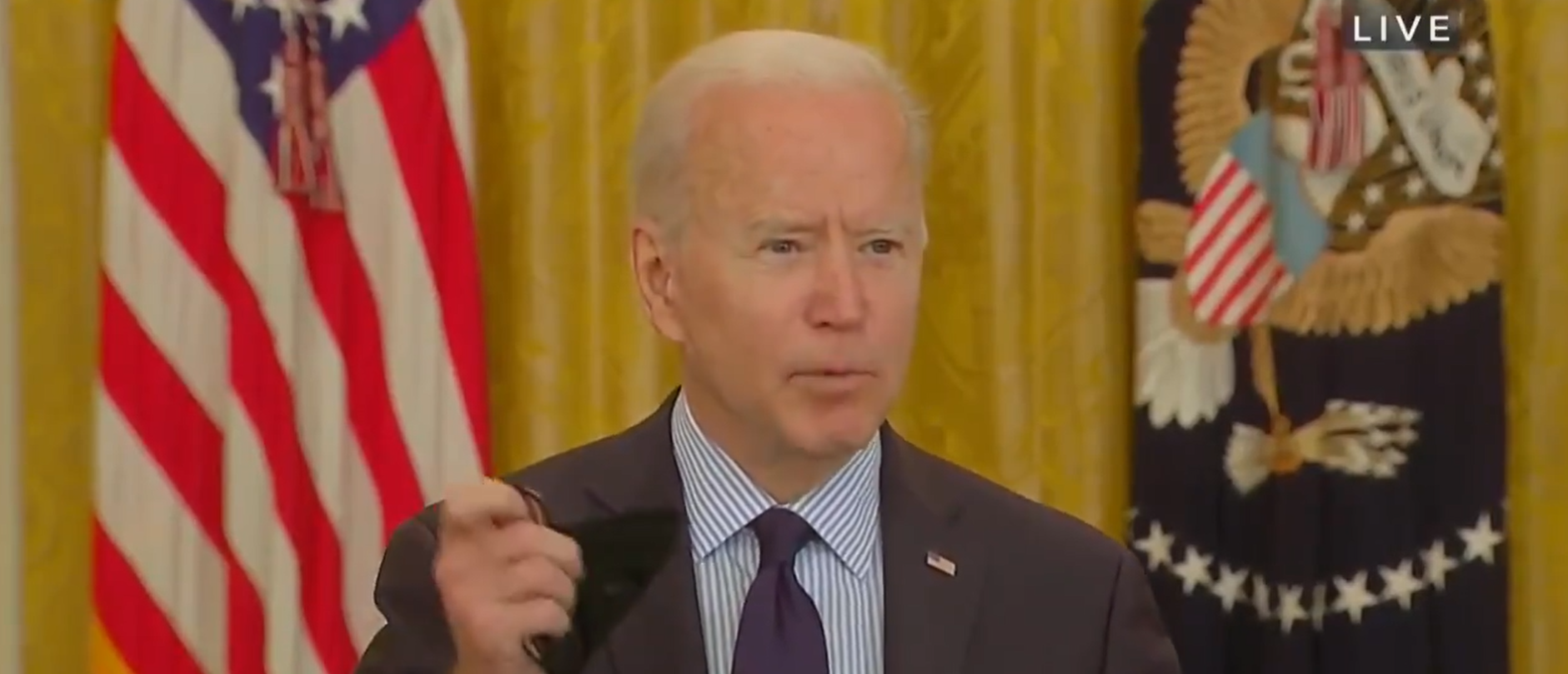 Reporter Questions Biden On Why He's Wearing A Mask Around Other Vaccinated People thumbnail