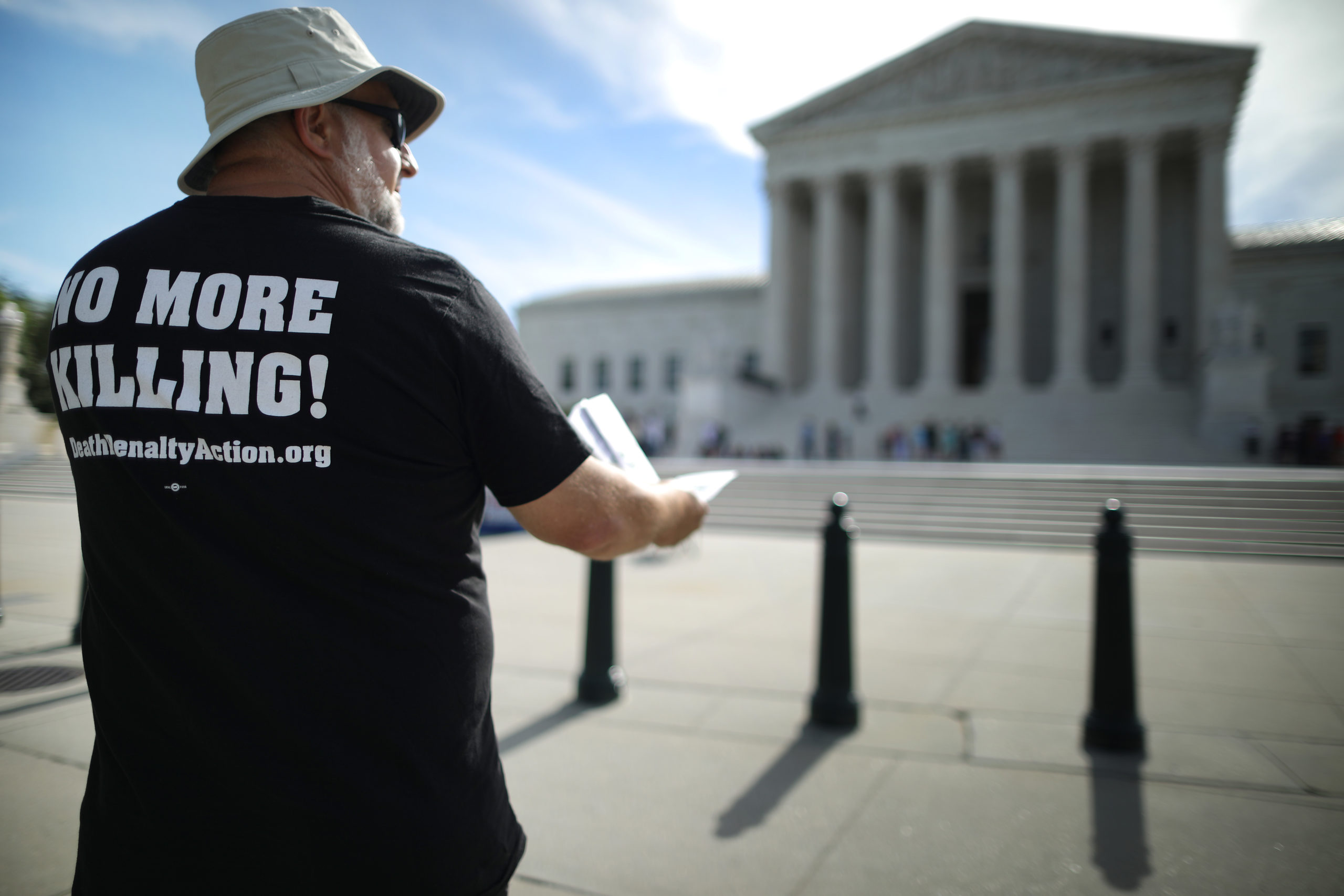Abraham Bonowitz of Columbus, Ohio, joins fellow members of the Abolitionist Action Committee during an annual protest and hunger strike against the death penalty outside the U.S. Supreme Court July 01, 2019 in Washington, DC. (Photo by Chip Somodevilla/Getty Images)