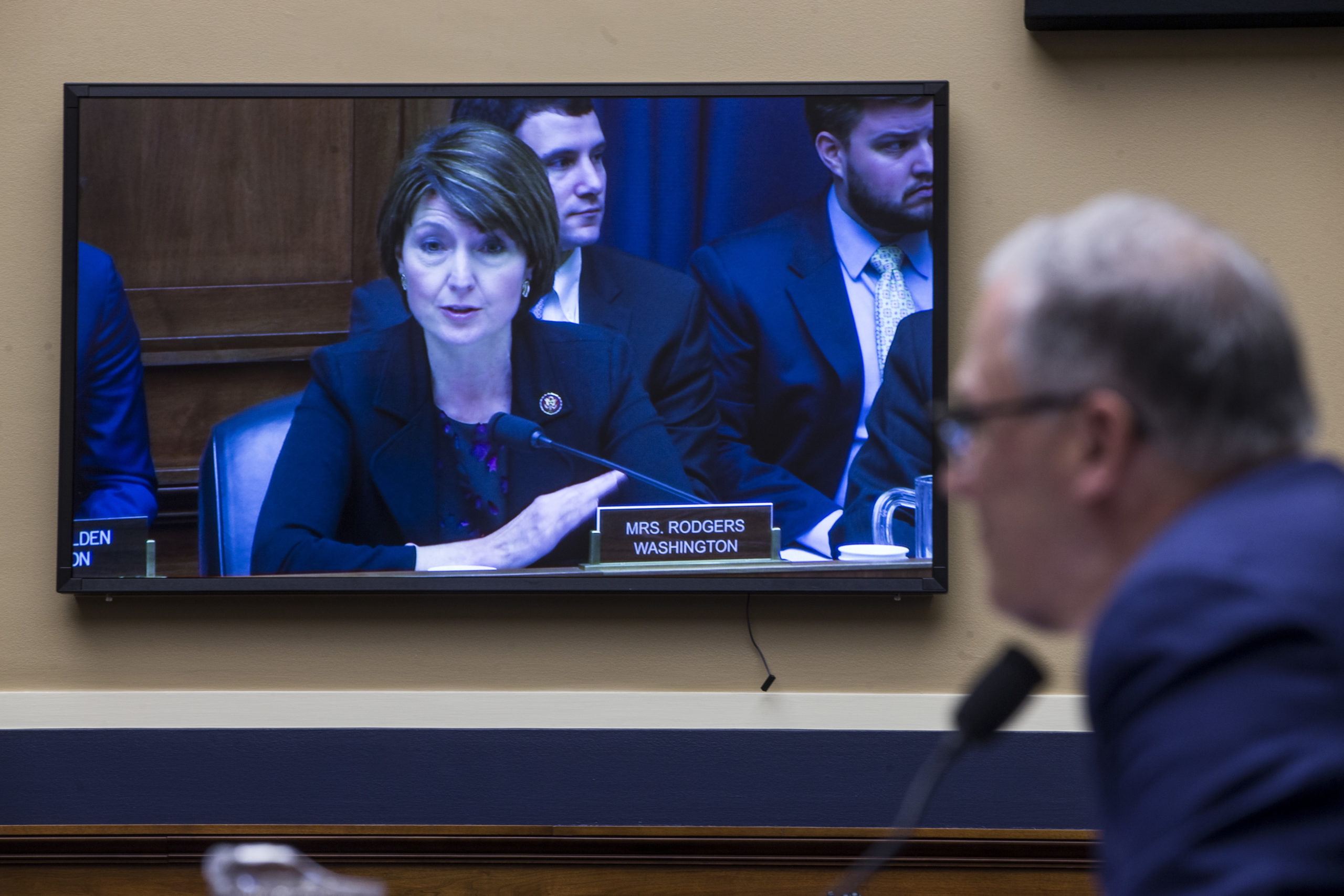 Rep. Cathy McMorris Rodgers speaks during a hearing in 2019. (Zach Gibson/Getty Images)