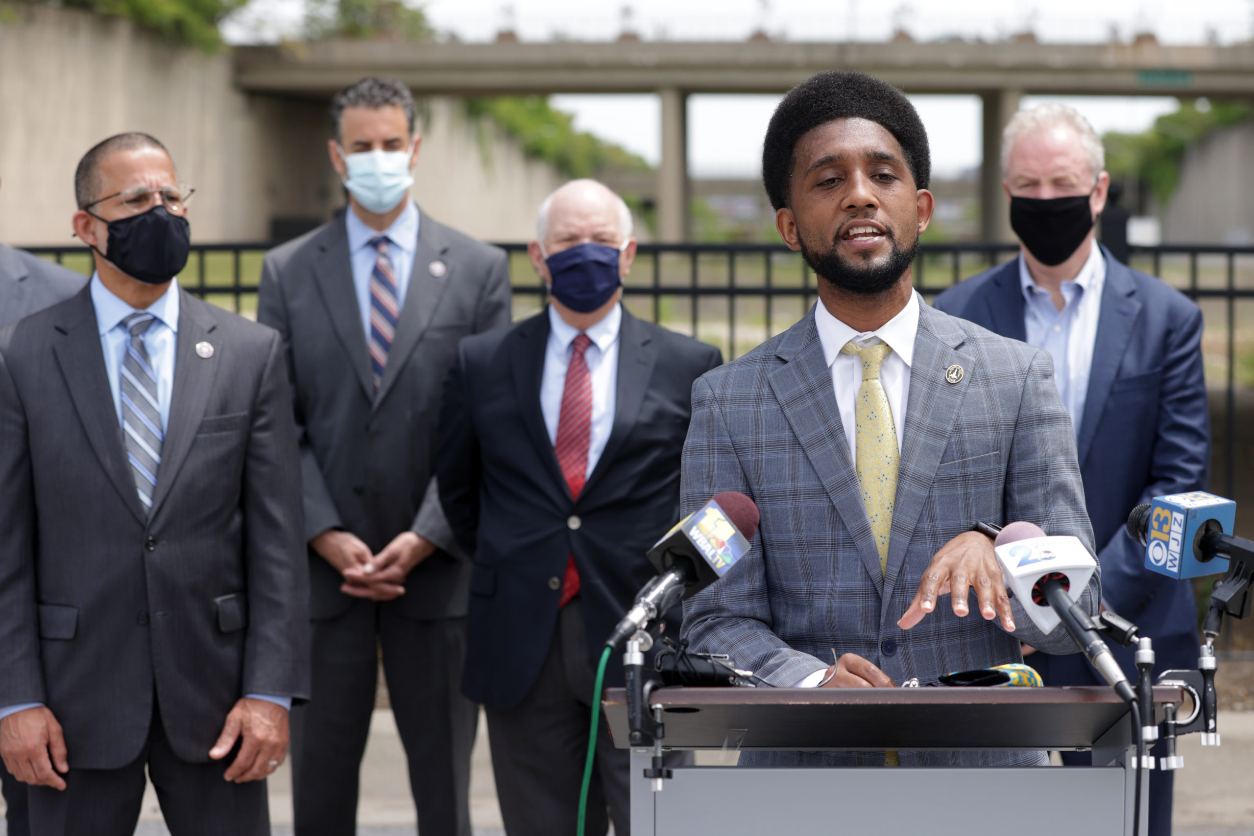 Democratic Mayor Brandon Scott speaks during a news conference on May 17 in Baltimore, Maryland. (Alex Wong/Getty Images)