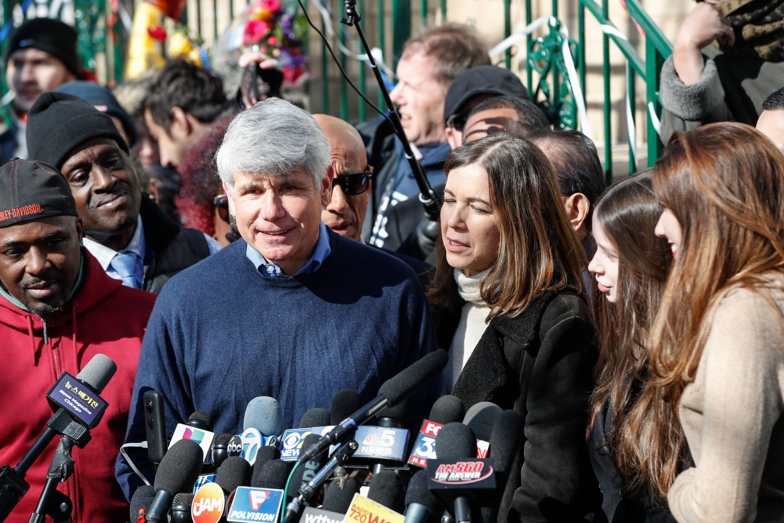 Former Illinois governor Rod Blagojevich (2-L) smiles as he speaks next to his wife Patricia Blagojevich outside of their house on February 19, 2020 in Chicago, Illinois. (Photo by KAMIL KRZACZYNSKI/AFP via Getty Images)