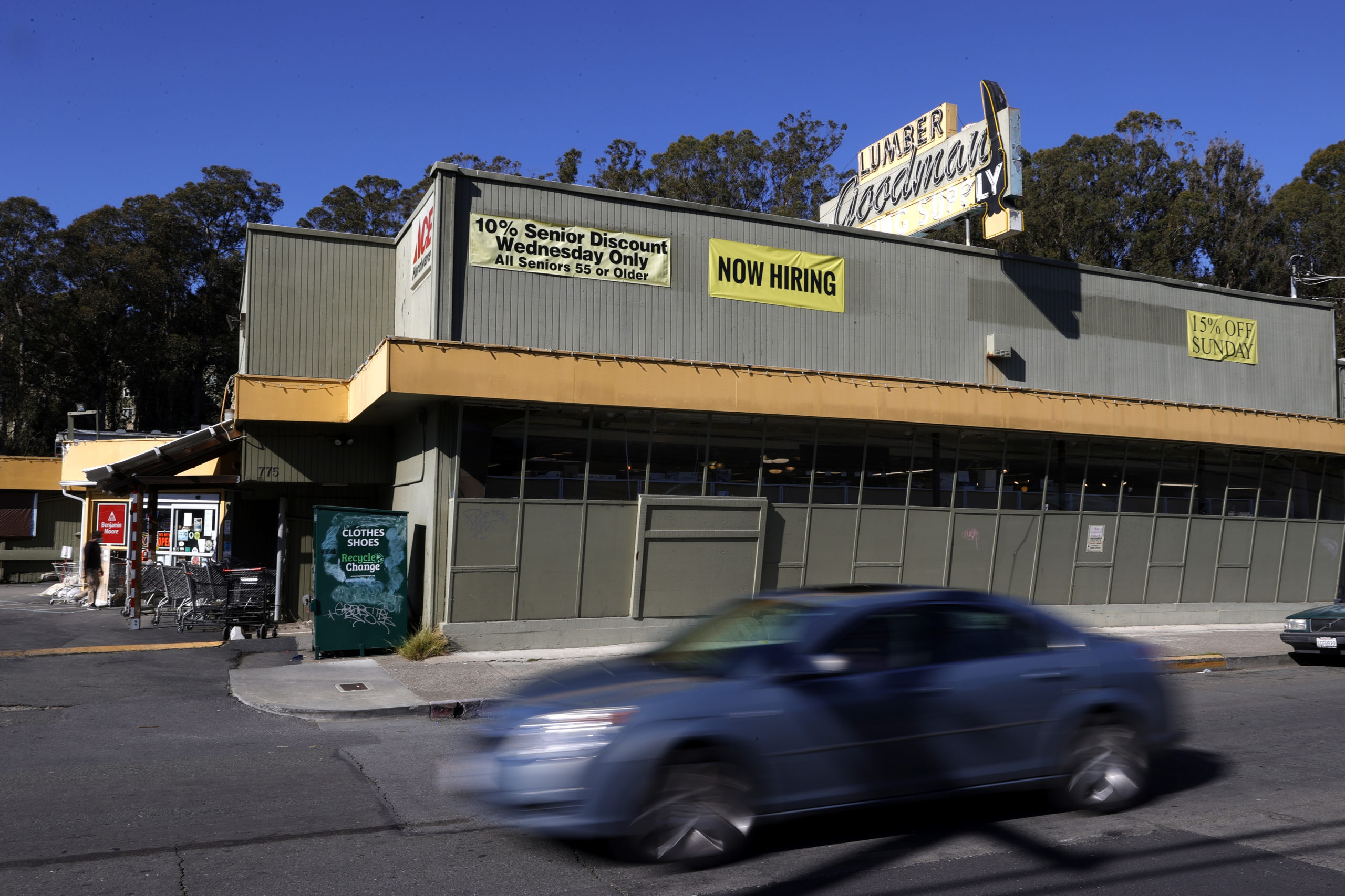 """A """"now hiring"""" sign is displayed on the front of Goodman Lumber on Feb. 5, 2021 in Mill Valley, California. (Justin Sullivan/Getty Images)"""