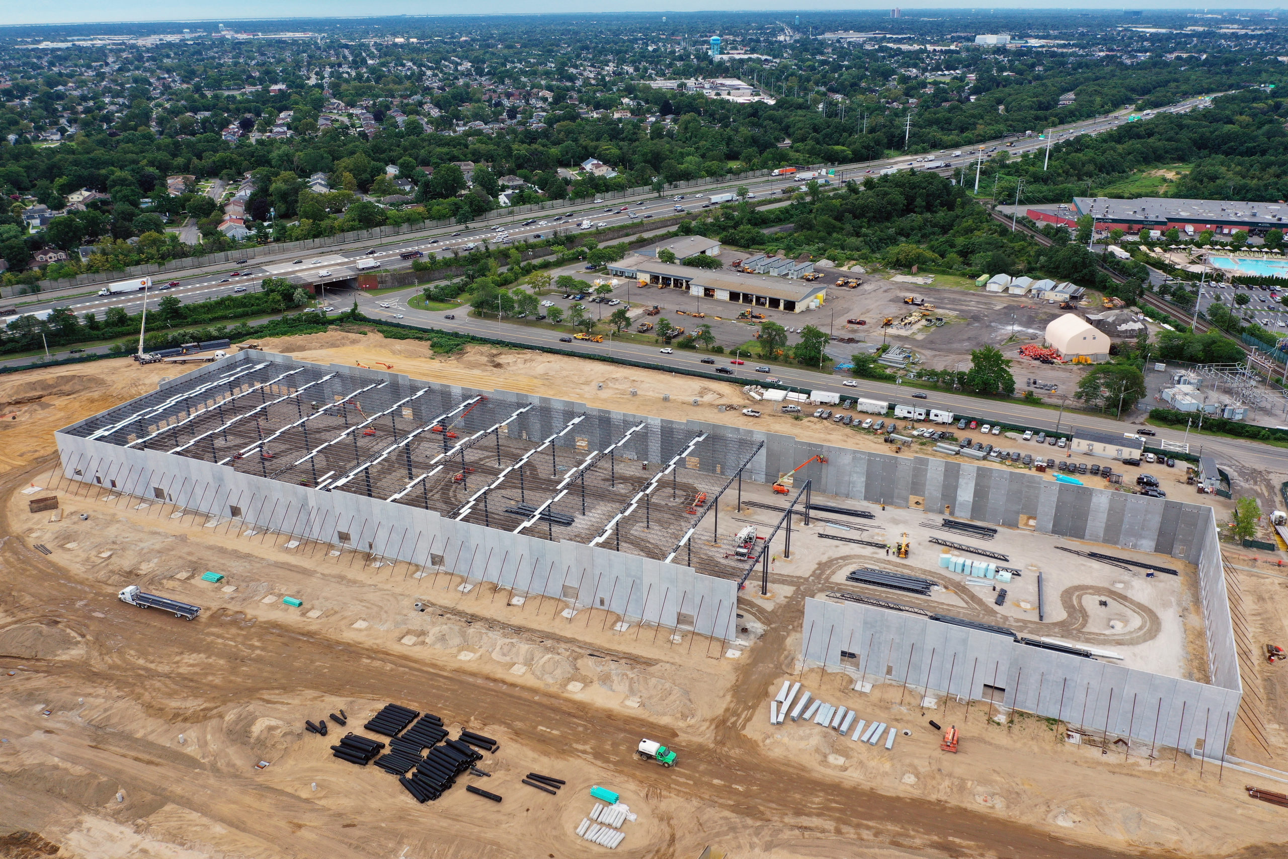 An aerial photo shows construction on an Amazon warehouse on Aug. 20 in Syosset, New York. (Bruce Bennett/Getty Images)