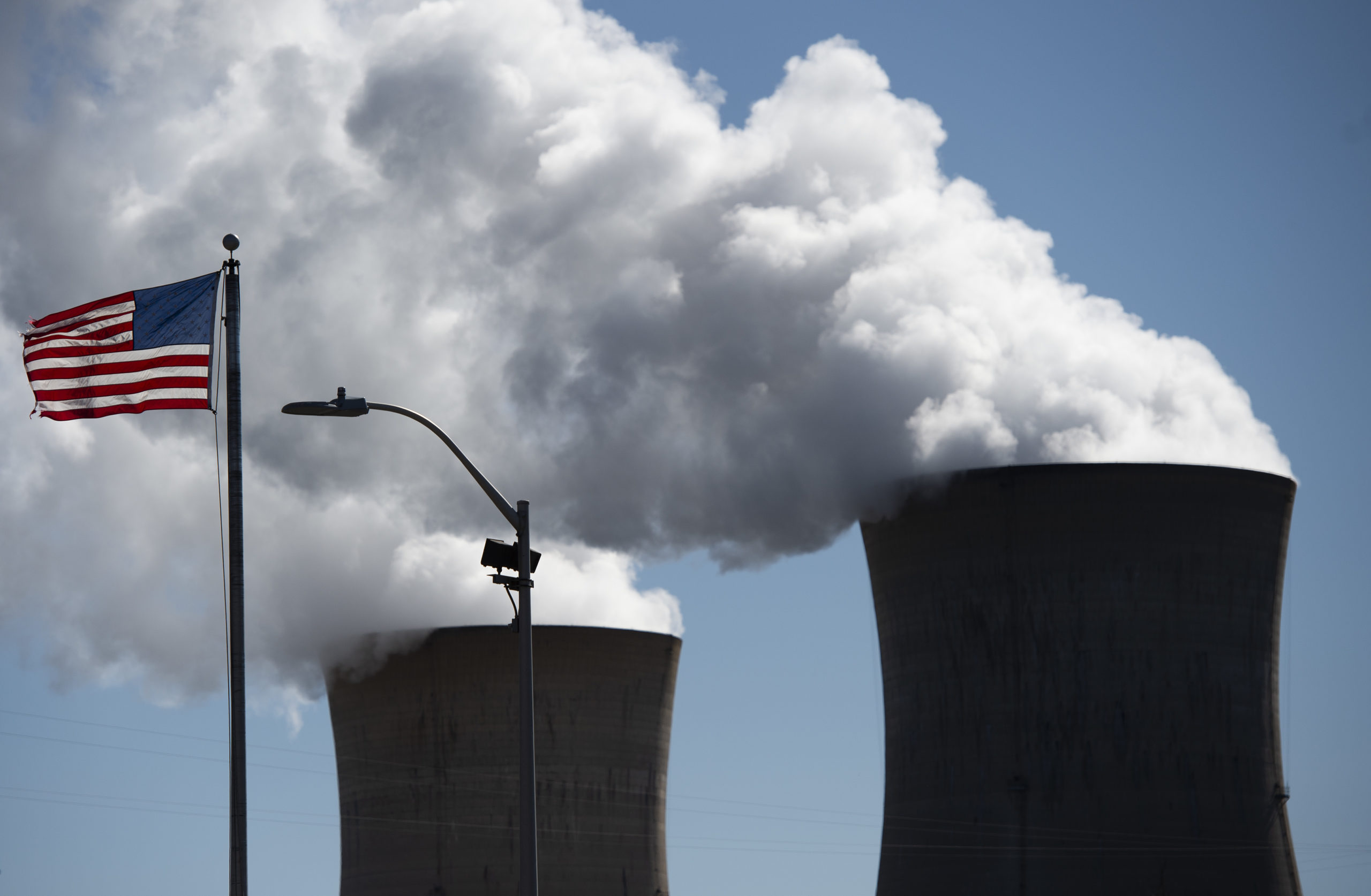 Steam rises out of the nuclear plant in Middletown, Pennsylvania on March 26, 2019. (Andrew Caballero-Reynolds/AFP via Getty Images)