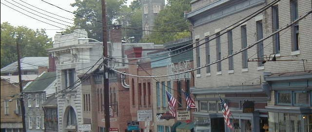 Ellicott City boasts grand homes, a lovely 18th-century downtown, and lots of restaurants. Columbia offers a wide range of housing, tons of parkland, and a major music venue. Baltimore and D.C. are within commuting distance (30 and 60 minutes, respectively). As for housing, the foreclosure rate is one of the lowest in Maryland, yet homes are affordable -- by Northeast standards, anyway. Factor in excellent schools and a diverse population (17% of residents are black, 14% Asian), and you can see why this place has become a magnet for families.
