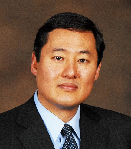 Photo of John Yoo